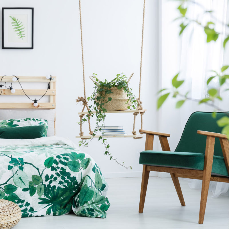 Inspiring bedroom with plants_07